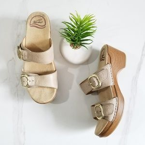 DANSKO Sophie Clog Sandals Slides Beige Leather